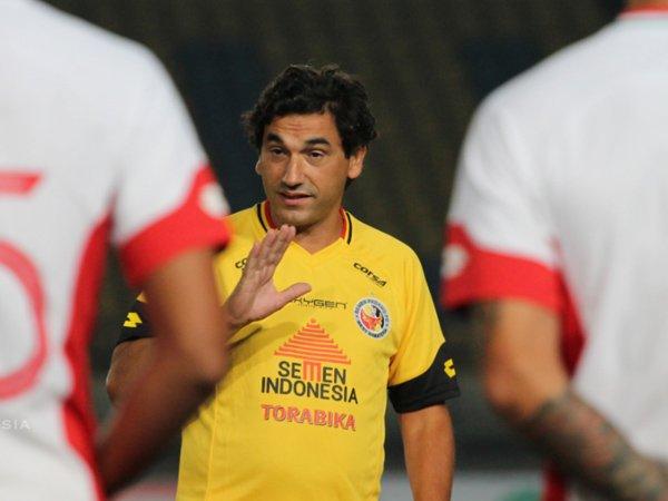 Semen Padang FC Ingin Pertahankan Eduardo Almeida Untuk Liga 2