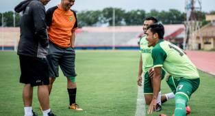 Aji Santoso Ungkap Target Persebaya di Pramusim