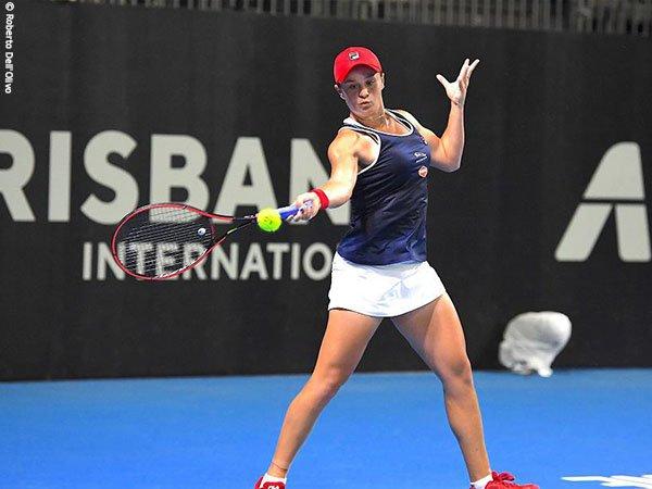Roger Federer Percaya Hal Ini Bisa Jadi Kunci Kesuksesan Ashleigh Barty Di Australian Open