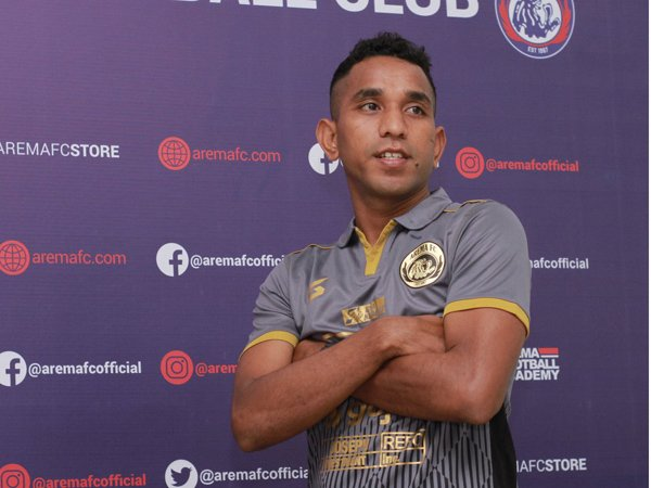 Pandi Lestaluhu Yakin Mudah Beradaptasi Bersama Arema FC