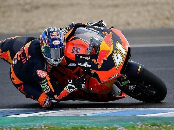 Semakin Dekat Dengan Debut di MotoGP, Binder Belajar Banyak Dari Espargaro