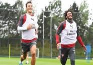 Ozil Desak Arsenal Beri Kesempatan Kedua Bagi Elneny