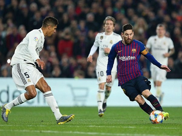 Raphael Varane Ungkap Rahasia Kesuksesan Redam Lionel Messi