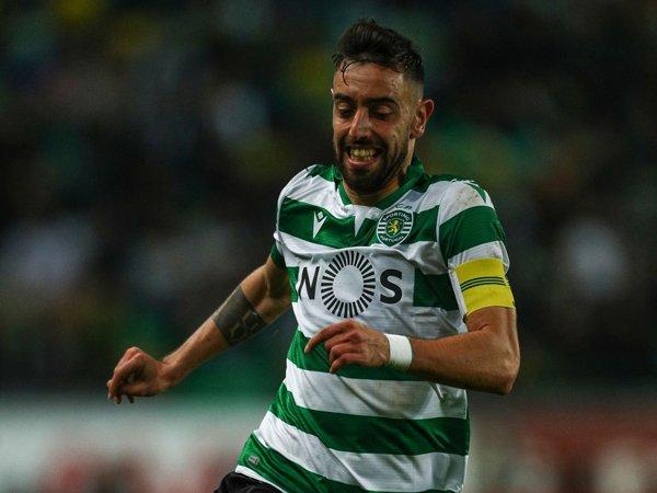 Pelatih Sporting Sebut Harga Transfer Fernandes Terlalu Murah