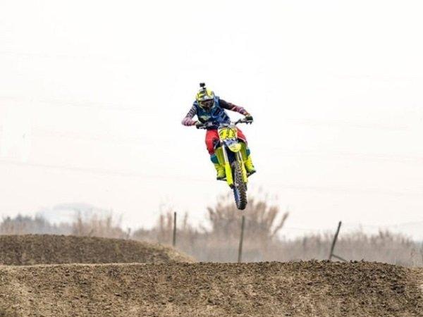 Sempat Dilarang, Rossi Nekat Kembali Latihan Motocross