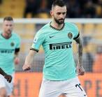 Brozovic Cedera Parah, Inter Milan Batal Jual Matias Vecino