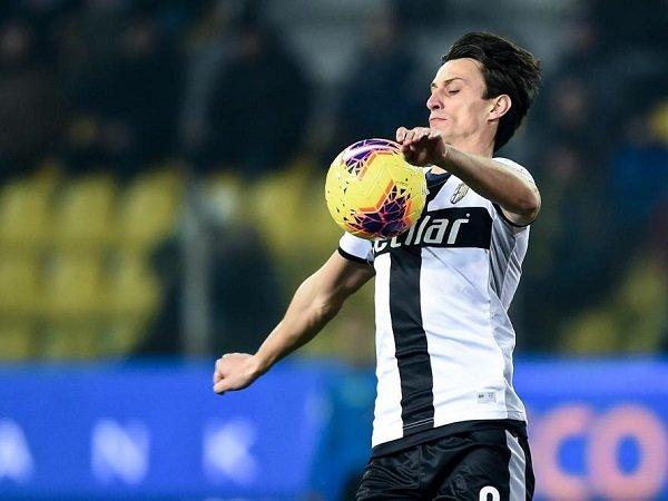 Parma Kehilangan Roberto Inglese Lagi Karena Cedera