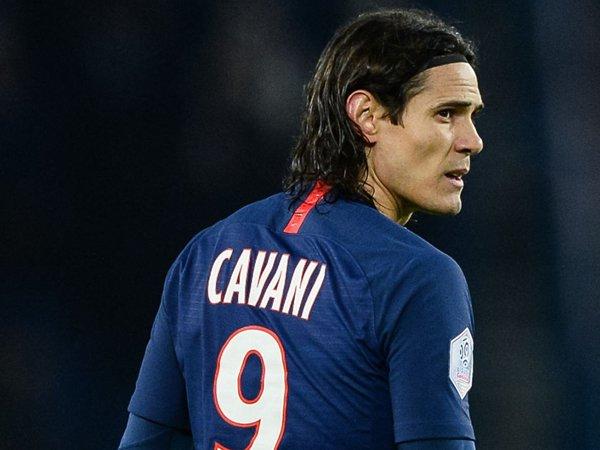 Tak Mau Dilangkahi Chelsea, Atletico Madrid Naikkan Tawaran Bagi Cavani