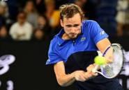 Hasil Australian Open: Tampil Perkasa, Daniil Medvedev Meluncur Ke Pekan Kedua