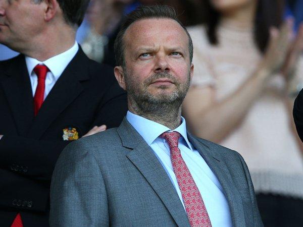 Rumah Ed Woodward Jadi Sasaran Amuk Fans Manchester United