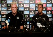 Steve Bruce Khawatirkan Kondisi Dua Bintang Newcastle Ini