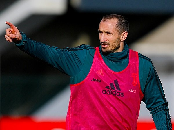 Sarri Konfirmasi Chiellini Segera Kembali Main untuk Juventus