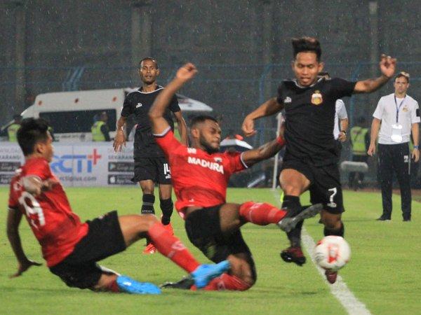 Paul Munster Nilai Bhayangkara FC Layak Menang Atas MU