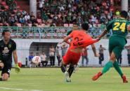 Kecewa Kepada Wasit, Pelatih Bhayangkara FC Sebut Timnya Bermain Lawan 12 Pemain Persebaya