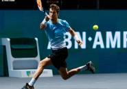 Stefanos Tsitsipas Angkat Kaki, Aljaz Bedene Melangkah Ke Perempatfinal Di Rotterdam