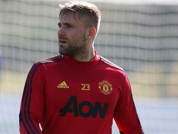 Manchester United Terus Dikritik, Shaw: Kenapa Arsenal Tidak?