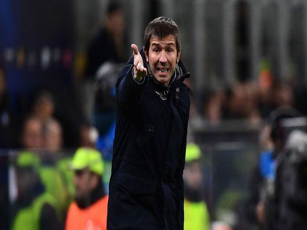 Pelatih Valencia Sebut Timnya Tak Layak Dibantai Atalanta