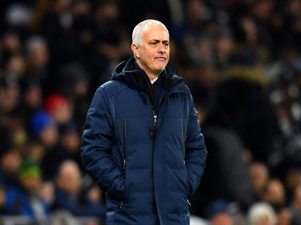 Kalah Dari Chelsea, Mourinho Ingin Musim Ini Segera Berakhir