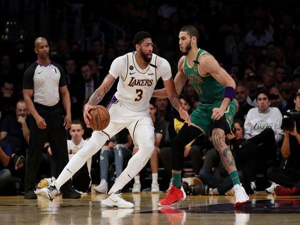 Sengit, Lakers Kalahkan Celtics di Detik-Detik Akhir