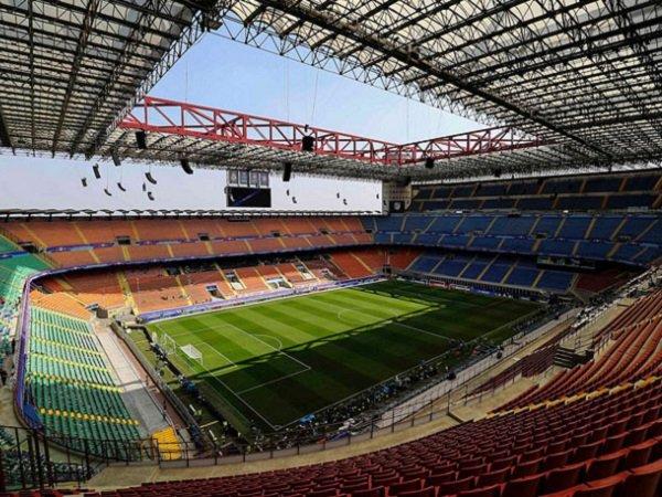 Virus Corona Menyerang, Liga Italia Terancam Digelar Tanpa Penonton