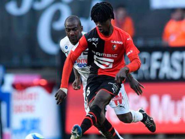 Dortmund Prioritaskan Untuk Rekrut Eduardo Camavinga