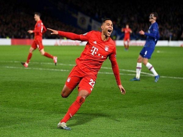 Bikin Dwigol di Stamford Bridge, Gnabry Samai Rekor Milik Ronaldinho