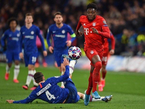 Dietmar Hamann Sarankan Lampard Rombak Lini Pertahanan Chelsea