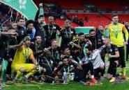 Gembiranya Guardiola Bawa Man City Hattrick Juara Piala Liga