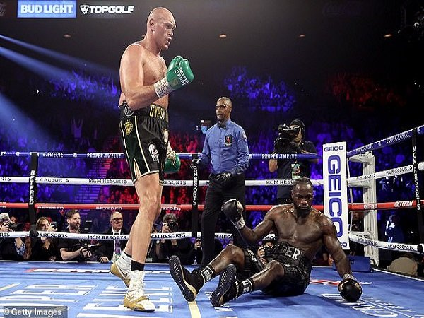 McGregor Lontarkan Sebuah Pujian untuk Fury Usai Mengalahkan Wilder
