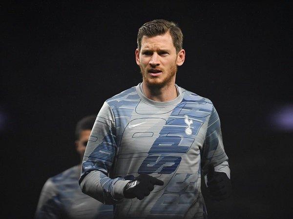 Diincar Inter, Jan Vertonghen Masih Menunggu Kontrak Dari Tottenham