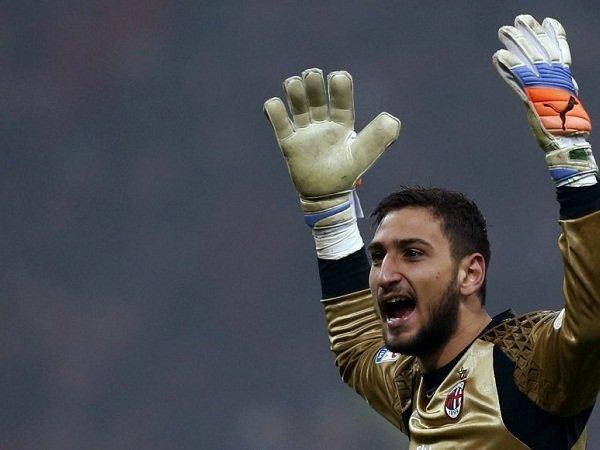 Mantan Kiper Milan Sarankan Donnarumma Main di Klub Top