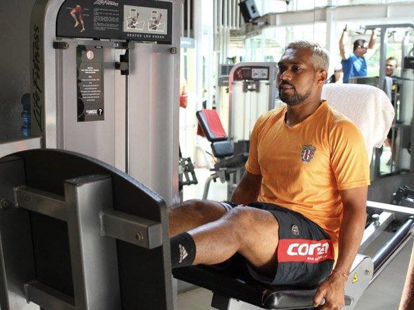 Kiper Bali United Manfaatkan Waktu Libur Untuk Urus Ijazah Sarjana