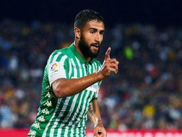 Milan Terhalang Tiga Rintangan Berat Buru Playmaker Real Betis