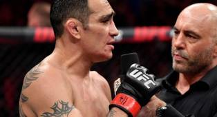 Ferguson Desak UFC Cabut Gelar Milik Khabib