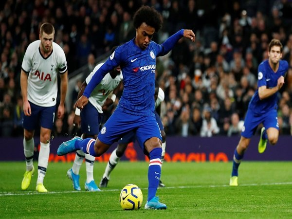 Perpanjangan Kontrak Mustahil, Tottenham Ada Harapan Terkait Transfer Willian