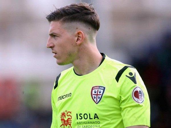 Kiper Cagliari Jadi Kandidat Baru Pengganti Donnarumma