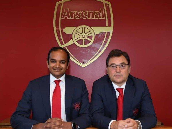 Lewat Video Call, Pejabat Klub Pastikan Arsenal Hemat di Bursa Transfer