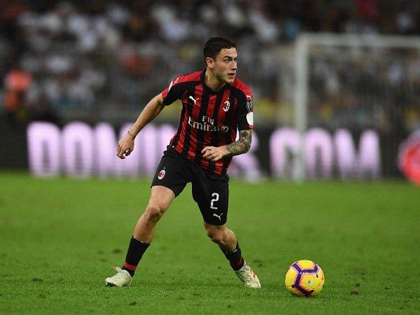Calabria Bakal Gelar Pertemuan Krusial dengan Milan, Dua Klub Siap Mengintai