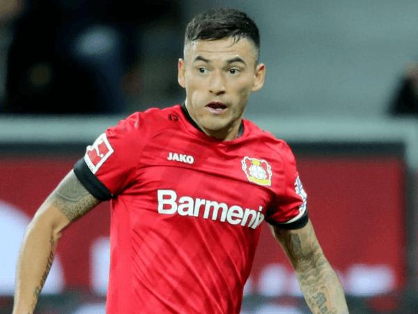 Jadi Incaran Bayern, Leverkusen Resmi Perpanjang Kontrak Charles Aranguiz