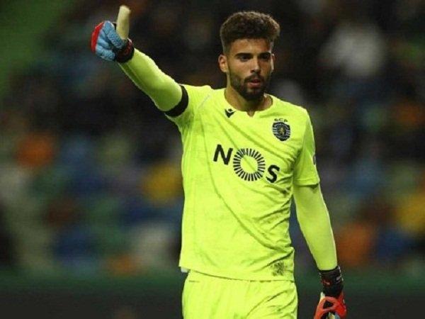 Milan Siap Tawar Kiper Sporting untuk Gantikan Donnarumma