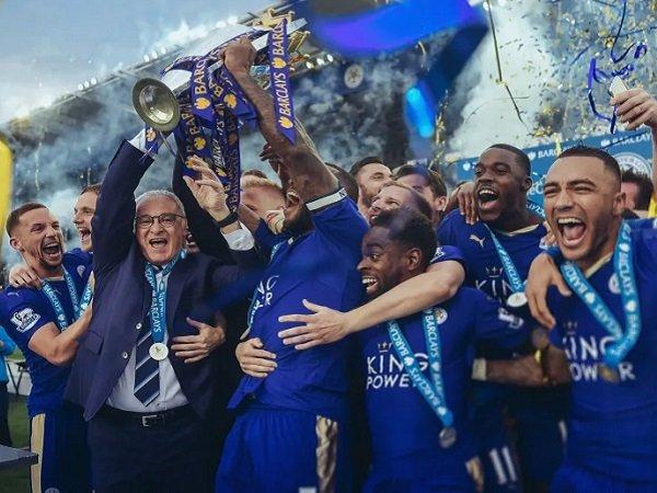Kilas Balik Sejarah Hari ini: Leicester City Tunaikan Dongeng Juarai Premier League