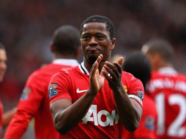 Patrice Evra Pernah Ragu Saat Awal Membela Manchester United