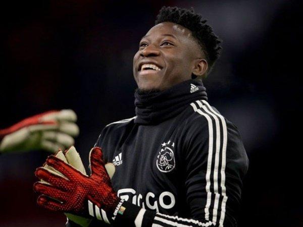 Bos Ajax Benarkan Ada Perjanjian yang Membuat Onana Bisa Pergi