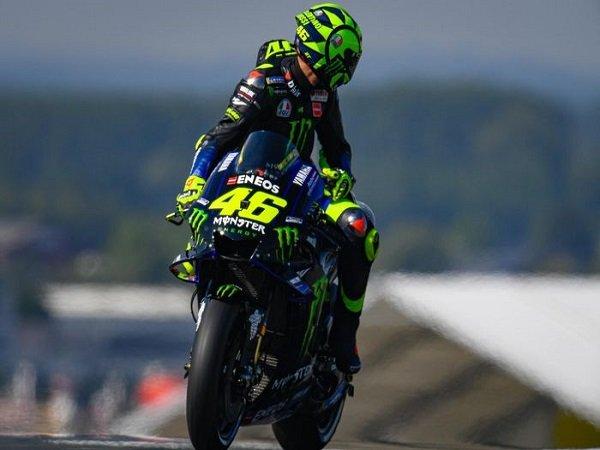 Jika Batal Pensiun, Pirro Sarankan Rossi Untuk Perkuat Petronas Yamaha