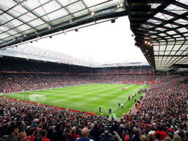 Virus Corona: Manchester United Tunda Rencana Renovasi Old Trafford
