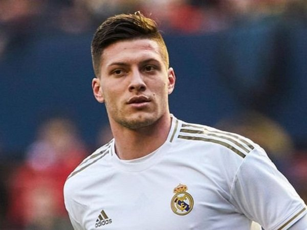 Salip Arsenal dan Newcastle, Milan Buka Negosiasi dengan Agen Striker Madrid