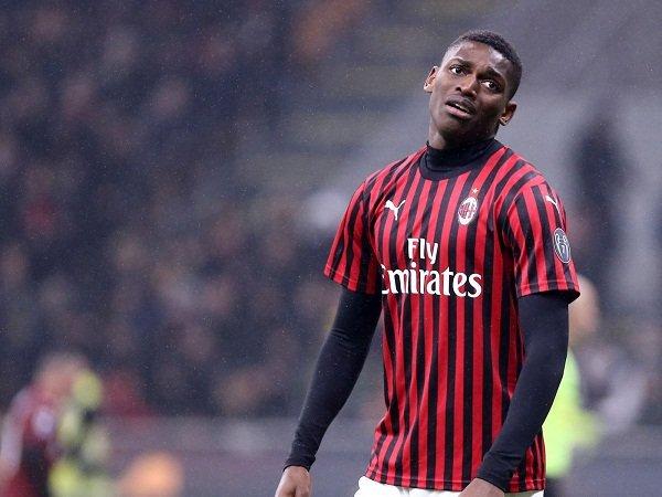 Sporting Bakal Ajukan Gugatan Lebih Besar Kepada Striker Milan