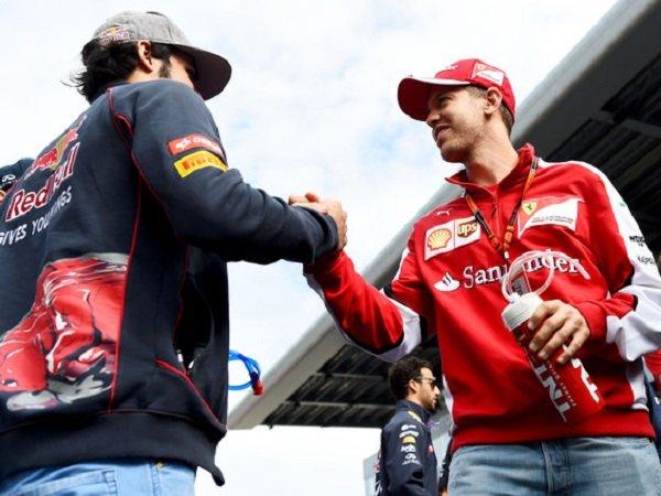 Carlos Sainz Jadi Kandidat Pengganti Vettel di Ferrari