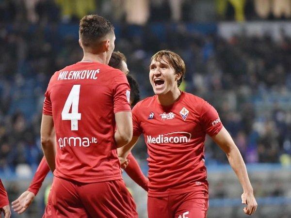 Milan Buka Diskusi dengan Agen Bek Fiorentina
