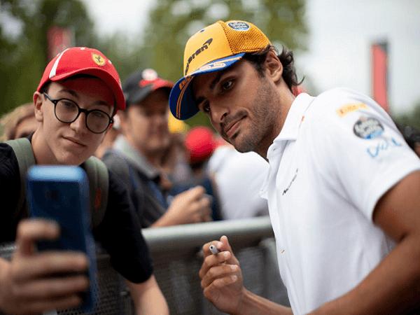 McLaren Ingin Perpisahan Yang Manis Dengan Sainz